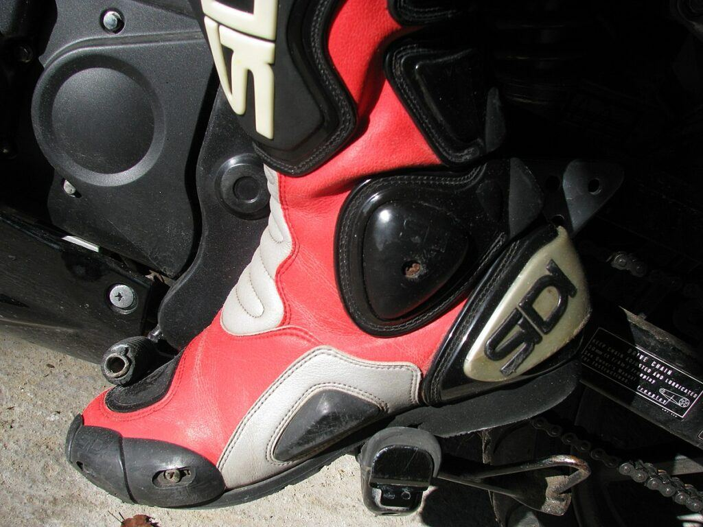 motorcycle_boots
